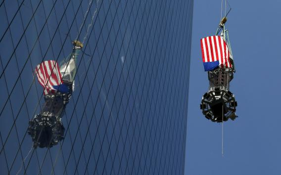 Spire-lifted-to-top-of-One-World-Trade-Center